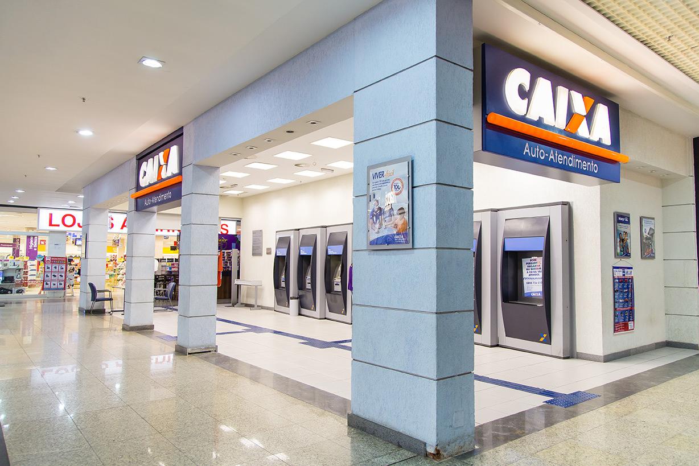 bf44f35a72 ... caixa localizado no shopping Pátio Divinópolis conta com cinco  terminais e circuito fechado de televisão que permite o registro de imagens  do ambiente